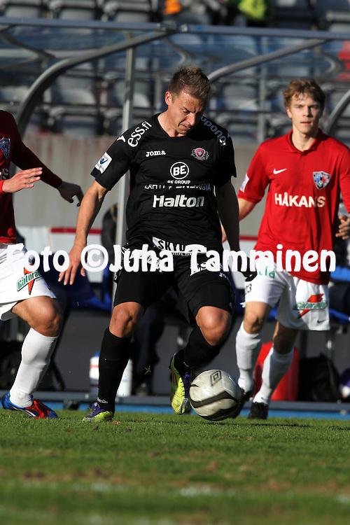 29.4.2012, Hiihtostadion, Lahti..Veikkausliiga 2012..FC Lahti - FC Inter Turku..Ville Taulo - FC Lahti