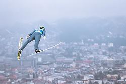 22.02.2019, Bergiselschanze, Innsbruck, AUT, FIS Weltmeisterschaften Ski Nordisch, Seefeld 2019, Skisprung, Herren, im Bild Philipp Aschenwald (AUT) // Philipp Aschenwald of Austria during the men's Skijumping of FIS Nordic Ski World Championships 2019. Bergiselschanze in Innsbruck, Austria on 2019/02/22. EXPA Pictures © 2019, PhotoCredit: EXPA/ Dominik Angerer