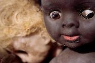 Mbeubeuss garbage dump in the Dakar area. The garbage is sorted out  by type. The dolls are -recycled- as the employees of Mbeubeuss make new dolls with the old ones. Decharge de Mbeubeuss dans la region de Dakar. Les ordures sont triees par genre. Les poupees sont  - recyclees - et des employes de Mbeubeuss fabriquent de nouvelles poupees avec les  anciennes.