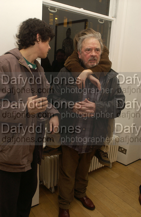 David Bailey, Bailey's Democracy, Photographs by Daivid Bailey. Faggionato Fine Arts. 13 December 2005. ONE TIME USE ONLY - DO NOT ARCHIVE  © Copyright Photograph by Dafydd Jones 66 Stockwell Park Rd. London SW9 0DA Tel 020 7733 0108 www.dafjones.com