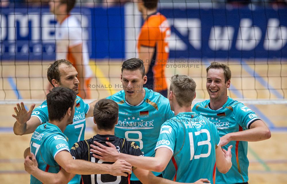 04-06-2016 NED: Nederland - Duitsland, Doetinchem<br /> Nederland speelt de tweede oefenwedstrijd in Doetinchem en verslaat Duitsland opnieuw met 3-1 / Dirk Westphal #7, Marcus Bohme #8
