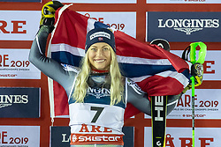 08.02.2019, Aare, SWE, FIS Weltmeisterschaften Ski Alpin, alpine Kombination, Siegerpräsentation, Damen, im Bild Bronzemedaillengewinnerin Corinne Suter (SUI) // Bronze medalist Ragnhild Mowinckel of Norway during the winner presentation for the ladie's alpine combination of FIS Ski World Championships 2019. Aare, Sweden on 2019/02/08. EXPA Pictures © 2019, PhotoCredit: EXPA/ Dominik Angerer
