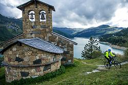 16-09-2017 FRA: BvdGF Tour du Mont Blanc day 7, Beaufort<br /> De laatste etappe waar we starten eindigen we ook weer na een prachtige route langs de Mt. Blanc / Jeroen