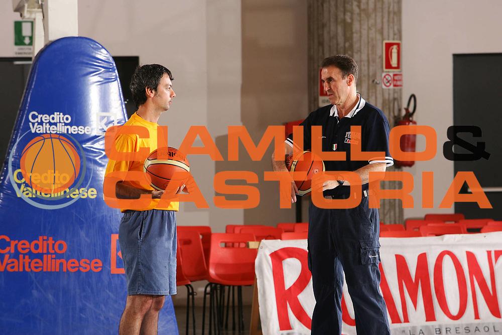 DESCRIZIONE : Bormio Ritratti Nazionale Maschile <br /> GIOCATORE : Valenti Recalcati <br /> SQUADRA : Italia <br /> EVENTO : Bormio Ritratti Nazionale Maschile <br /> GARA : <br /> DATA : 16/07/2006 <br /> CATEGORIA : Ritratto <br /> SPORT : Pallacanestro <br /> AUTORE : Agenzia Ciamillo-Castoria/S.Silvestri