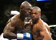 October 1, 2005: Antonio Tarver vs Roy Jones Jr. III