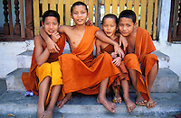 Laos - Vientiane - Moines novices