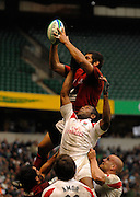 Twickenham, England. Portugal win clean line out ball during the Bowl Final ENG vs POR  at the London Sevens Rugby, Twickenham Stadium, Sun, 27/05/2007 [Credit Peter Spurrier/ Intersport Images]