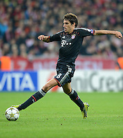 FUSSBALL   CHAMPIONS LEAGUE   SAISON 2012/2013   GRUPPENPHASE   FC Bayern Muenchen - FC Valencia                            19.09.2012 Javi , Javier Martinez (FC Bayern Muenchen)