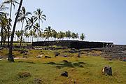 Pu'uhonua o Honaunau National Historical Park. Hale o Keawe Heiau.