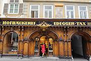 historische Ladenfassade Hofbäckerei Edegger, UNESCO Welterbestätte Stadt Graz – Historisches Zentrum, Steiermark, Österreich |  historic storefront Hofbäckerei Edegger, UNESCO World Heritage Site city of Graz - Historic Centre, Steiermark, Austria