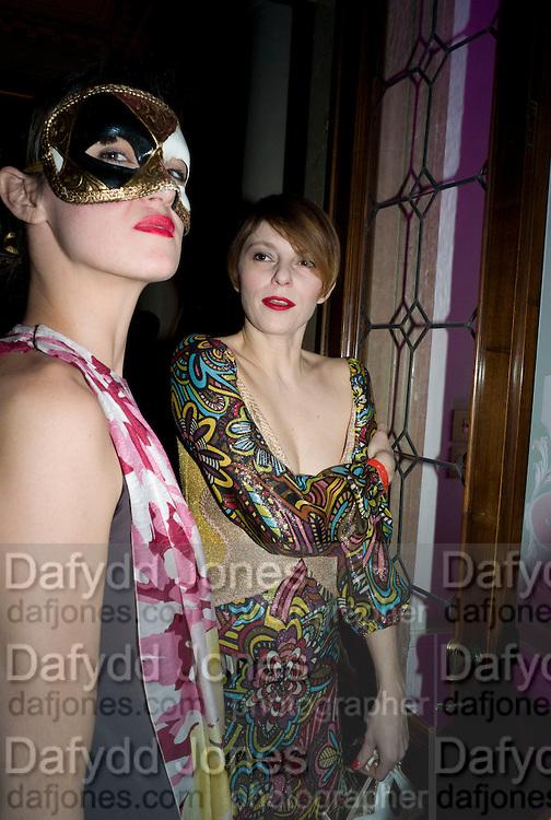 ELARIA BUSCETTI; FRANCESCA FEDANZA, Francesca Bortolotto Possati, Alessandro and Olimpia host Carnevale 2009. Venetian Red Passion. Palazzo Mocenigo. Venice. February 14 2009.  *** Local Caption *** -DO NOT ARCHIVE -Copyright Photograph by Dafydd Jones. 248 Clapham Rd. London SW9 0PZ. Tel 0207 820 0771. www.dafjones.com<br /> ELARIA BUSCETTI; FRANCESCA FEDANZA, Francesca Bortolotto Possati, Alessandro and Olimpia host Carnevale 2009. Venetian Red Passion. Palazzo Mocenigo. Venice. February 14 2009.