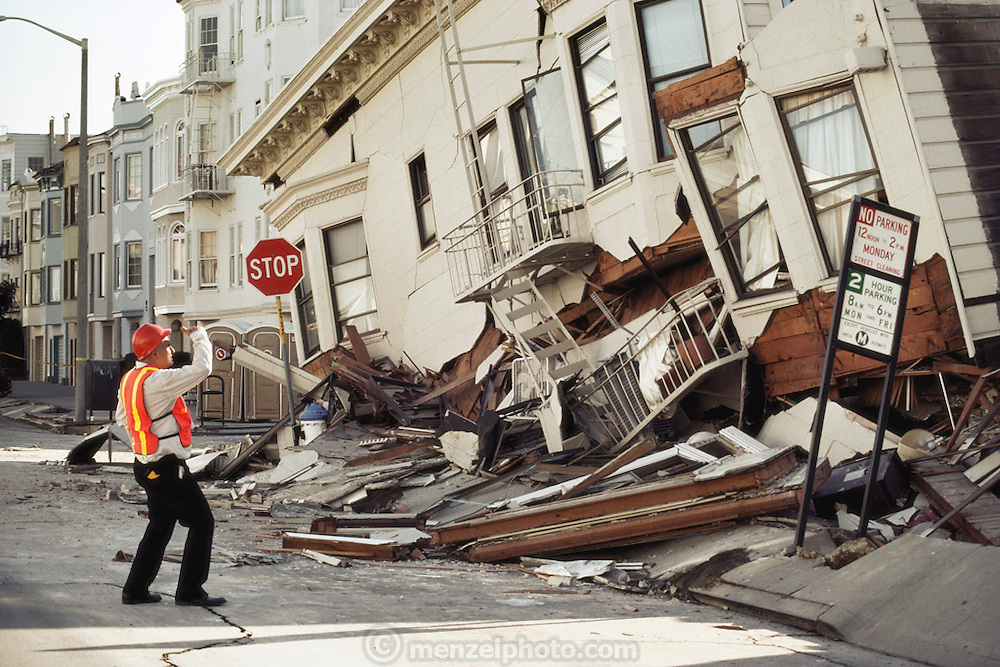 Aftermath of the October 17, 1989 Loma Prieta Earthquake, San Francisco, California. Damage in the Marina District of San Francisco resulting from the earthquake that occurred at 5:04 PM and lasted 15 seconds. [[At a magnitude of 7.1, it was the worst earthquake in the San Francisco Bay Area since 1906.