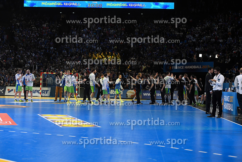 Slovenian team after 25th IHF men's world championship 2017 match between France and Slovenia at Accord hotel Arena on january 26 2017 in Paris. France. PHOTO: CHRISTOPHE SAIDI / SIPA / Sportida