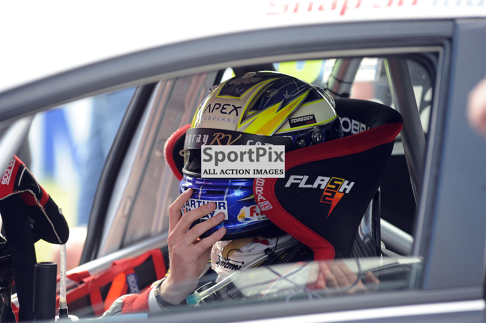 British Touring Car Championship, Knockhill, 26 August 2012..Gordon (Flash) Shedden ..(c) David Wardle | StockPix.eu