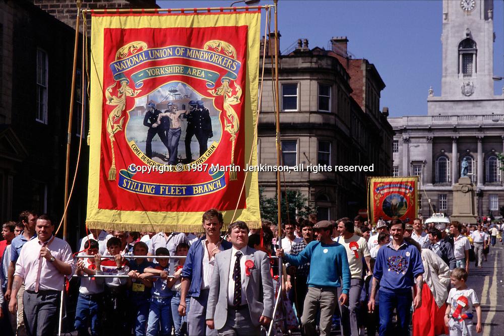 Stillingfleet NUM Branch banner, Yorkshire Miner's 100th gala, Regent Street Barnsley. 20/06/1987.