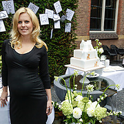 NLD/Amsterdam/20120916- Babyshower Jim Bakkum en partner Bettina Holwerda,