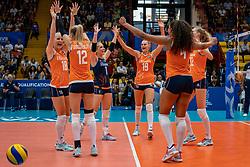 03-08-2019 ITA: FIVB Tokyo Volleyball Qualification 2019 / Netherlands, - Kenya Catania<br /> 3rd match pool F in hall Pala Catania between Netherlands - Kenya. Netherlands win 3-0 / (L-R) Marrit Jasper #18 of Netherlands, Britt Bongaerts #12 of Netherlands, Kirsten Knip #1 of Netherlands, Nika Daalderop #19 of Netherlands, Celeste Plak #4 of Netherlands