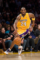 27 March 2007: Guard Kobe Bryant of the Los Angeles Lakers dribbles the ball down the court against the Memphis Grizzlies during the second half of the Grizzlies 88-86 victory over the Lakers at the STAPLES Center in Los Angeles, CA.