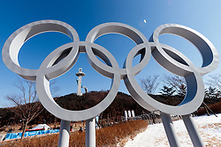 04.02.2018, Pyeongchang, KOR, PyeongChang 2018, Vorberichte, im Bild Olympische Ringe // Olympic Rings during a preliminary reports ahead of the opening of the Pyeongchang 2018 Winter Olympic Games in Pyeongchang, South Korea on 2018/02/04. EXPA Pictures © 2018, PhotoCredit: EXPA/ Johann Groder