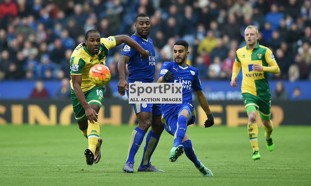 Riyad Mahrez gets the ball away from Cameron Jerome (c) Simon Kimber | SportPix.org.uk