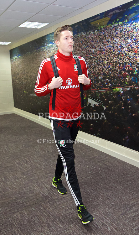 CARDIFF, WALES - Friday, November 13, 2015: Wales' goalkeeper Wayne Hennessey arrives at the stadium ahead of the International Friendly match against the Netherlands at the Cardiff City Stadium. (Pic by David Rawcliffe/Propaganda)