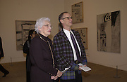 John Waters and his mother,  Pat Waters. Andy Warhol exhibition opening. Tate Modern, 4 February 2002. © Copyright Photograph by Dafydd Jones 66 Stockwell Park Rd. London SW9 0DA Tel 020 7733 0108 www.dafjones.com