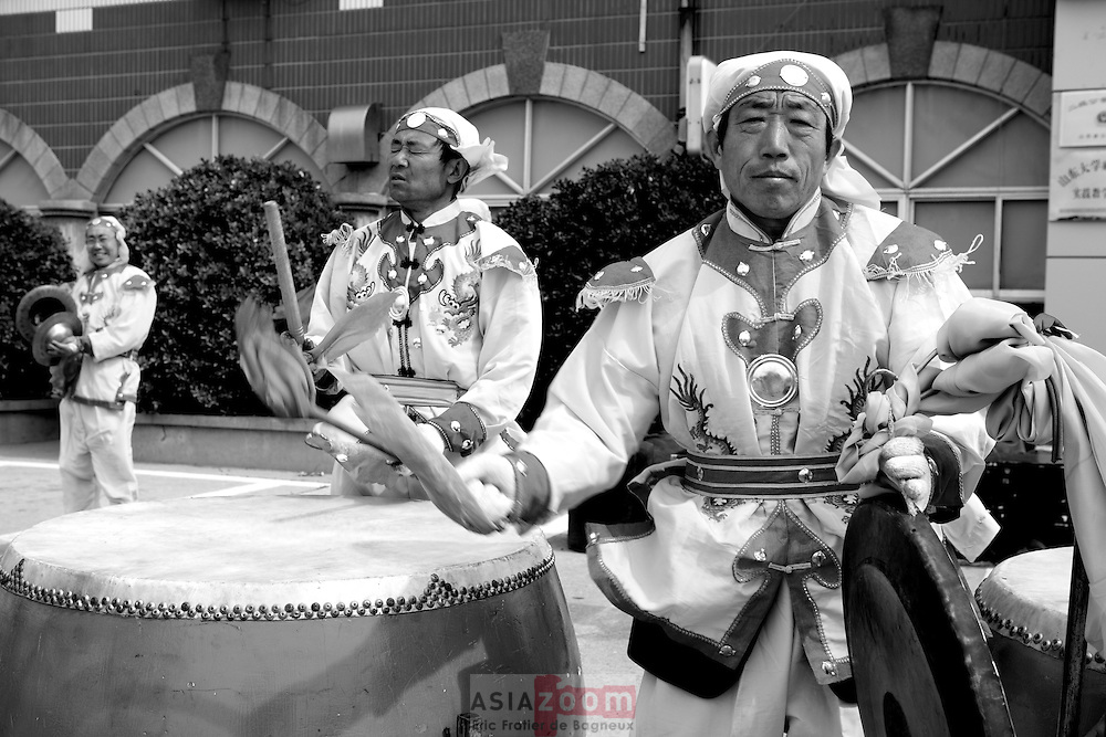 Musique chinoise Traditionelle a Wehai en Chine, Mai 2007