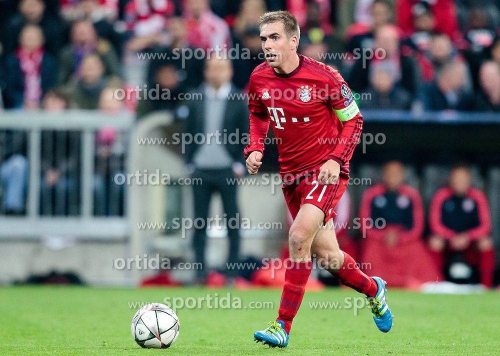 03.05.2016, Allianz Arena, Muenchen, GER, UEFA CL, FC Bayern Muenchen vs Atletico Madrid, Halbfinale, Rueckspiel, im Bild Philipp Lahm (FC Bayern Muenchen) // Philipp Lahm (FC Bayern Muenchen) during the UEFA Champions League semi Final, 2nd Leg match between FC Bayern Munich and Atletico Madrid at the Allianz Arena in Muenchen, Germany on 2016/05/03. EXPA Pictures © 2016, PhotoCredit: EXPA/ JFK
