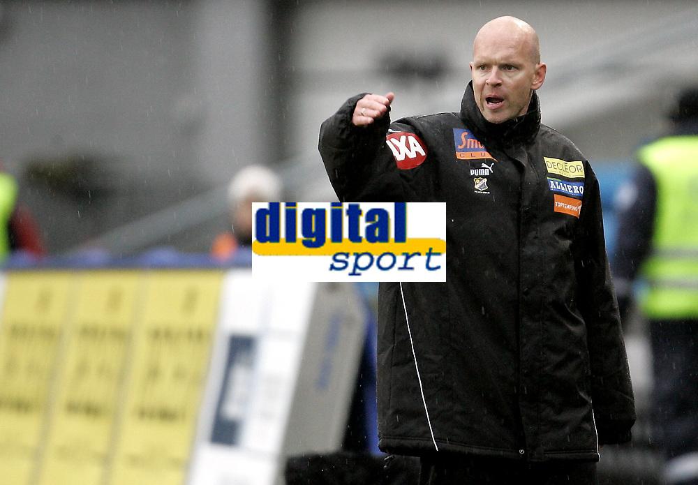 Fotball<br /> Tippeligaen Eliteserien<br /> 06.04.08<br /> Ullevaal Stadion<br /> FC Lyn Oslo - Bod&oslash;/Glimt Bod&oslash; Glimt<br /> Trener Henning Berg<br /> Foto - Kasper Wikestad
