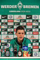 13.02.2015, Trainingsgelände am Weserstadion, Bremen, GER, 1. FBL, SV Werder Bremen, Taining, im Bild Zlatko Junuzovic (SV Werder Bremen #16) bei der Pressekonferenz, in deren Rahmen die Verlängerung des Vertrages um drei Jahre bekannt gegeben wurde // during the training session on the training ground of the German Bundesliga Club SV Werder Bremen at the Trainingsgelände am Weserstadion in Bremen, Germany on 2015/02/13. EXPA Pictures © 2015, PhotoCredit: EXPA/ Andreas Gumz<br /> <br /> *****ATTENTION - OUT of GER*****