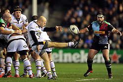 Joe Simpson of Wasps box-kicks the ball - Photo mandatory by-line: Patrick Khachfe/JMP - Mobile: 07966 386802 17/01/2015 - SPORT - RUGBY UNION - London - The Twickenham Stoop - Harlequins v Wasps - European Rugby Champions Cup