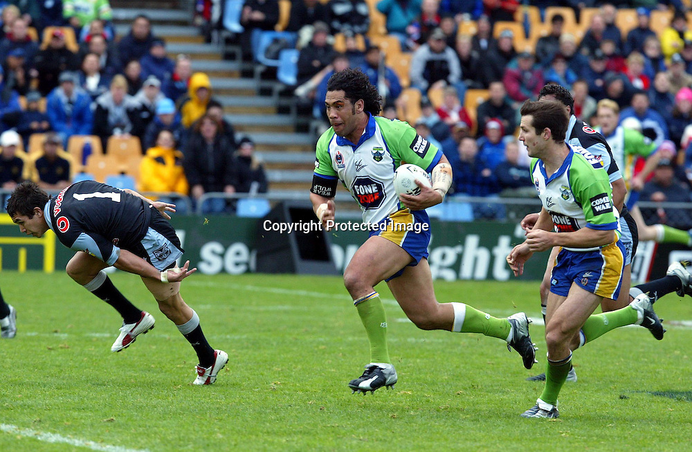 6 June, 2004. Ericsson Stadium, Auckland, New Zealand. NRL Round 13. New Zealand Warriors v Canberra Raiders.<br />
