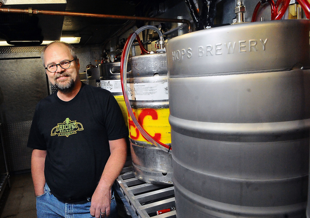jt071317e/ arts/jim thompson/ Ken Wimmer is the House Brewer for Hops Brewery on Central Ave. in Nob Hill. Thursday,  July. 13, 2017. (Jim Thompson/Albuquerque Journal)e