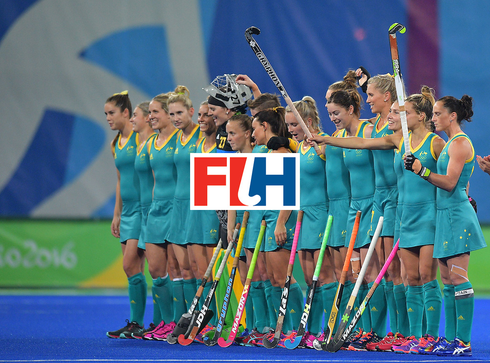 The Australia team lines up before the start of the women's field hockey Britain vs Australia match of the Rio 2016 Olympics Games at the Olympic Hockey Centre in Rio de Janeiro on August, 6 2016. / AFP / Carl DE SOUZA        (Photo credit should read CARL DE SOUZA/AFP/Getty Images)