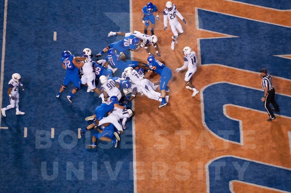 Football vs Washington, Photo Patrick Sweeney