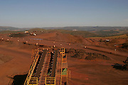 Itauna_MG, Brasil...Esteira na mineracao em Itauna...The mining equipament in Itauna...Foto: BRUNO MAGALHAES / NITRO