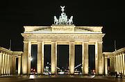 brandenburg tor illuminated