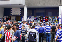 Photo: Leigh Quinnell.<br /> Queens Park Rangers v Southampton. Coca Cola Championship. 01/09/2007. Fans gather outside Loftus Road to pay tribute to QPR player Ray Jones, after he died in a car crash.