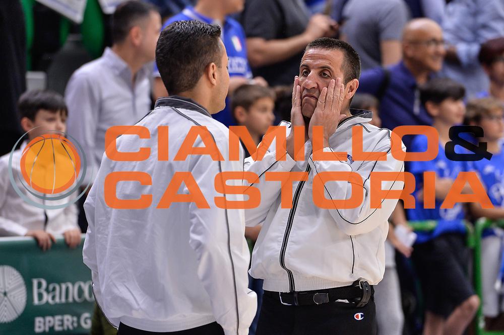 Roberto Begnis<br /> Banco di Sardegna Dinamo Sassari - Dolomiti Energia Aquila Basket Trento<br /> Legabasket Serie A LBA Poste Mobile 2016/2017<br /> Playoff Quarti Gara3<br /> Sassari 16/05/2017<br /> Foto Ciamillo-Castoria