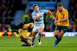 Argentina Winger Santiago Cordero gets away from Australia Winger Adam Ashley-Cooper - Mandatory byline: Rogan Thomson/JMP - 07966 386802 - 25/10/2015 - RUGBY UNION - Twickenham Stadium - London, England - Argentina v Australia - Rugby World Cup 2015 Semi Finals.