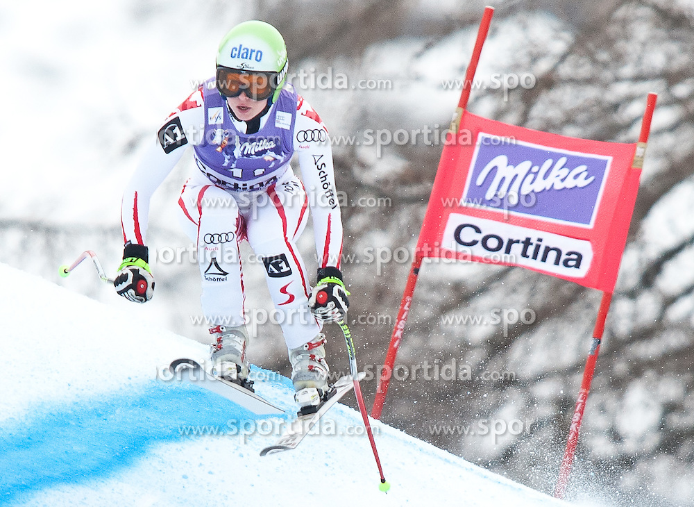 20.01.2011, Tofana, Cortina d Ampezzo, ITA, FIS World Cup Ski Alpin, Lady, Cortina, Abfahrt 2. Training, im Bild Blick von den Tribühnen im Bild Anna Fenninger (AUT, #11) // Anna Fenninger (AUT) during FIS Ski Worldcup ladies downhill second training at pista Tofana in Cortina d Ampezzo, Italy on 20/1/2011. EXPA Pictures © 2011, PhotoCredit: EXPA/ J. Groder