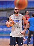 DESCRIZIONE : Qualificazioni EuroBasket 2015 - Allenamento <br /> GIOCATORE : Luigi Datome<br /> CATEGORIA : nazionale maschile senior A <br /> GARA : Qualificazioni EuroBasket 2015 viaggio - Allenamento<br /> DATA : 11/08/2014 <br /> AUTORE : Agenzia Ciamillo-Castoria
