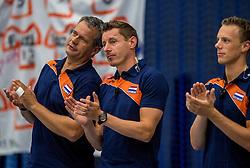 28-08-2016 NED: Nederland - Slowakije, Nieuwegein<br /> Het Nederlands team heeft de oefencampagne tegen Slowakije met een derde overwinning op rij afgesloten. In een uitverkocht Sportcomplex Merwestein won Nederland met 3-0 van Slowakije / Coach Gido Vermeulen, Assistent coach Dirk Jan van Gendt