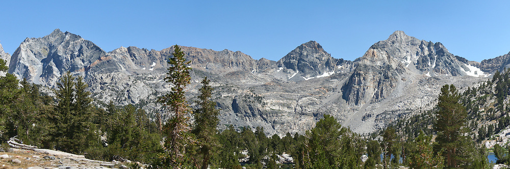 Cliffs to the south of the Rae Lakes region dominate the landscape, King's Canyon National Park
