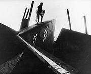 The Cabinet of Dr Caligari' 1919. German silent film. Director: Robert Wiene. Cesare (Conrad Veidt) making off with Jane (Lil Dagover)
