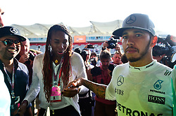 Formel 1: Grosser Preis der USA in Austin, Renntag / 231016<br /> <br /> ***Lewis Hamilton (GBR) Mercedes AMG F1 with Venus Williams (USA) Tennis Player after the team celebration.<br /> 23.10.2016. Formula 1 World Championship, Rd 18, United States Grand Prix, Austin, Texas, USA, Race Day.<br /> ***