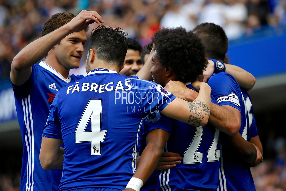 Chelsea players celebrate a goal (score 1-1) during the Premier League match between Chelsea and Sunderland at Stamford Bridge, London, England on 21 May 2017. Photo by Andy Walter.