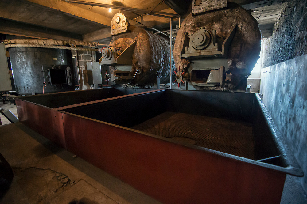Whaling station and museum in Sao Roque, Pico Island, Azores, Portugal ,North Atlantic Ocean, showing equipment, vats and tubs to process whale meat and bones. Whaling ended in the Azores in 1984 and since then the remote archipelago has develoeped a thriving whale watching industry.