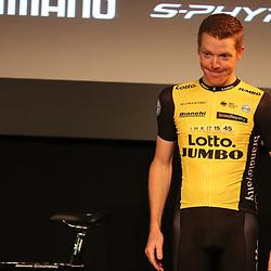 22-12-2017: Wielrennen: Presentatie Lotto Jumbo: Veghel<br />Geen Tour voor Steven Kruijswijk