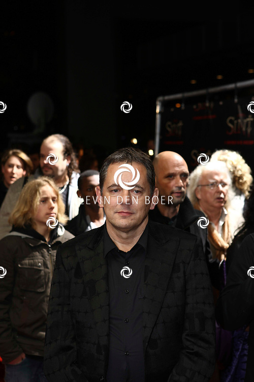 AMSTERDAM - De film Sint van regisseur Dick Maas gaat woensdag in het Muziektheater in Amsterdam in premiere. Met op de foto Dick Maas. FOTO LEVIN DEN BOER - PERSFOTO.NU